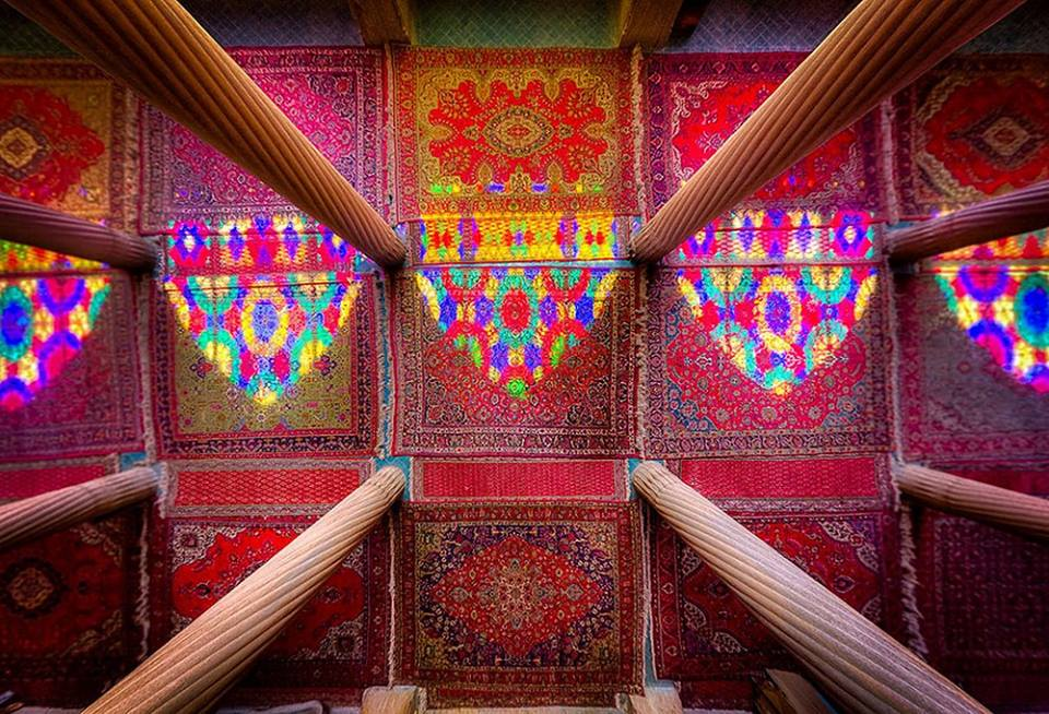 Ковры в мечете Насир аль-Мульк. Шираз, Иран