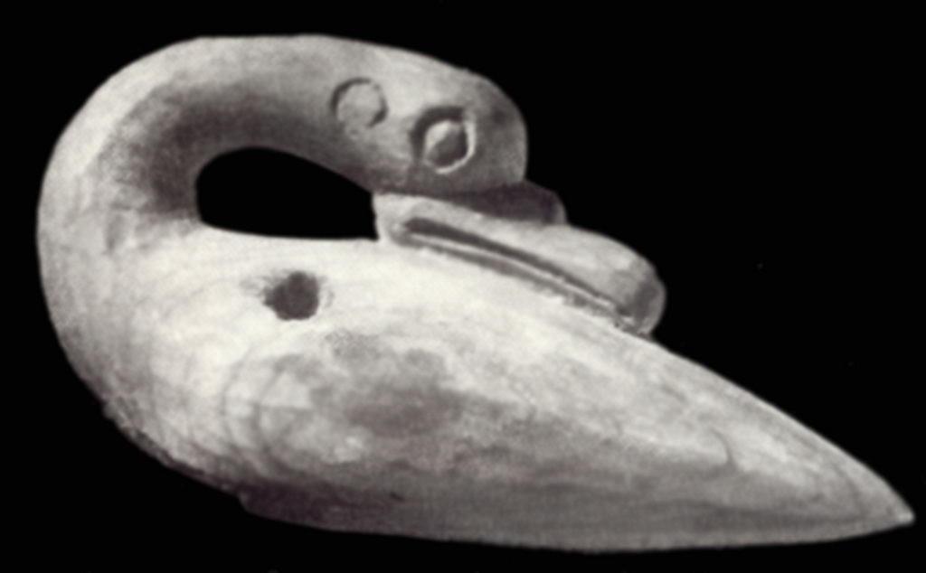 Деревянное изображение лебедя. Пазырыкский период.
