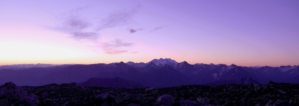 Восход с вершины горы Калбан Фото: Леонид Калошин