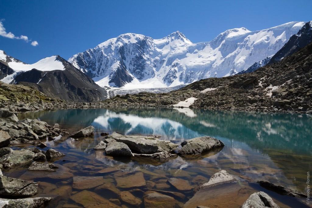 Белуха с долины семи озер. Фото: Роман Воробьев