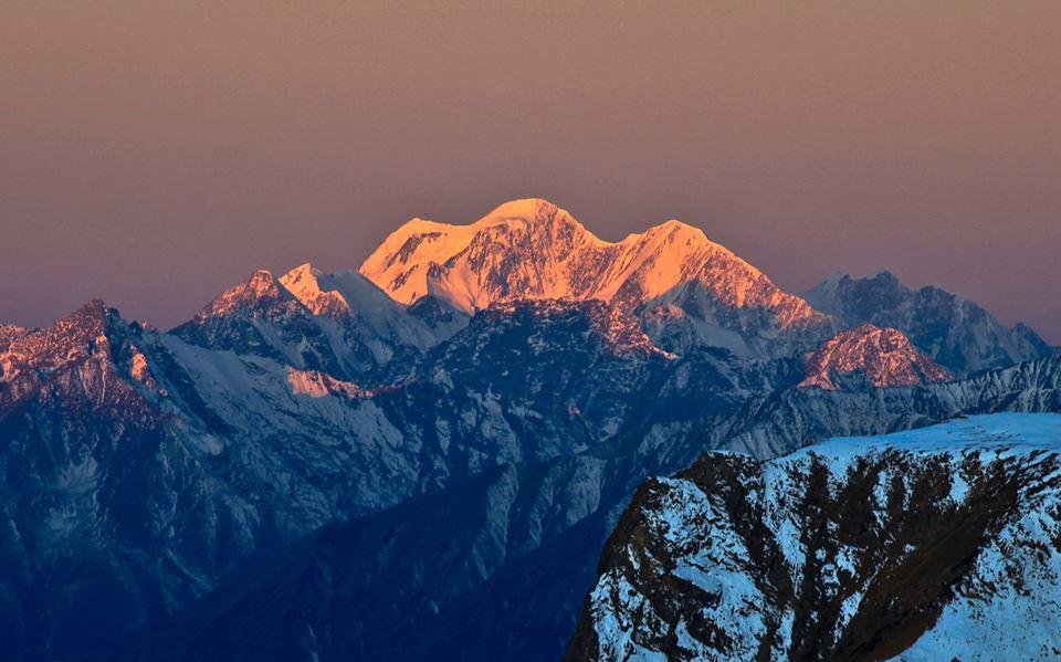 Белуха с Карагемского перевала Фото: Алексей Саламатов