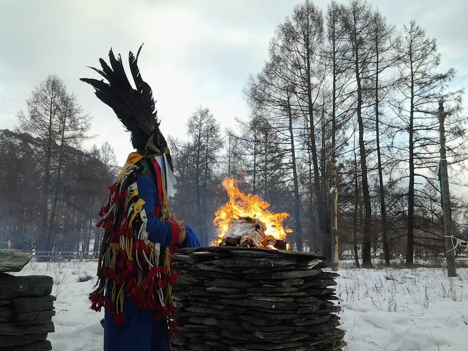 Во время моления. Фото:  Болот Байрышев
