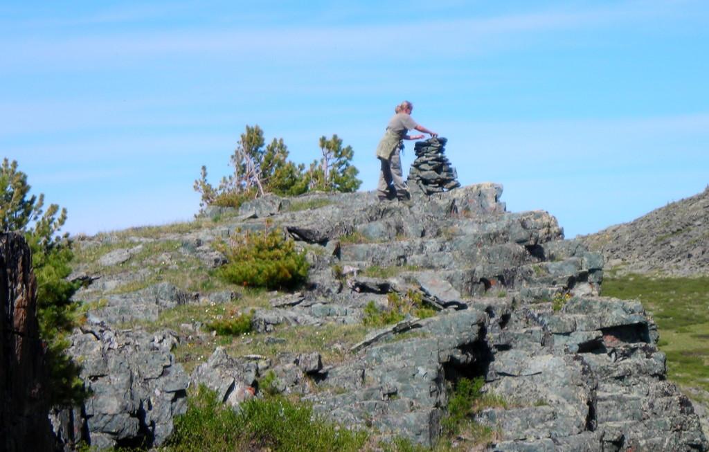 Обооташ на перевале Плоский. Катунский хребетФото: Дмитрий Анисимов