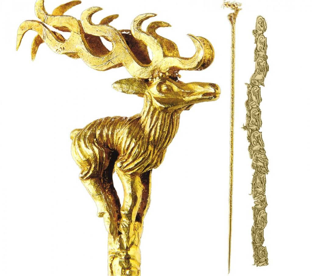 Олень - навершие. Дерево, золото. 5-4 в. до н.э.