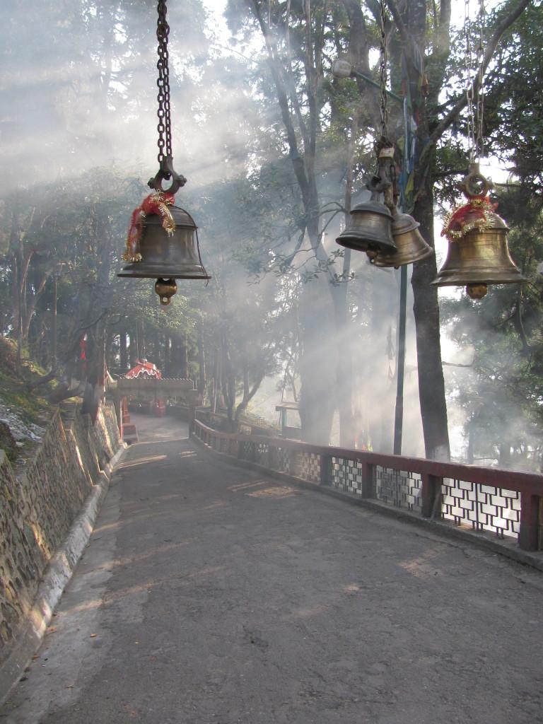 Дорога к храму в Дарджилинге