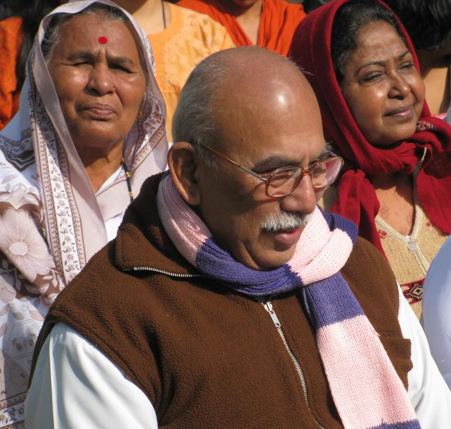 Учитель в дхамма-центре в Дехрадуне