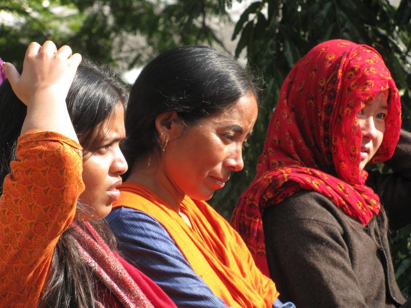 Студенты десятидневного випассана курса в дхамма-центре в Дехрадуне