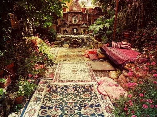 Ковры с цветочными мотивами