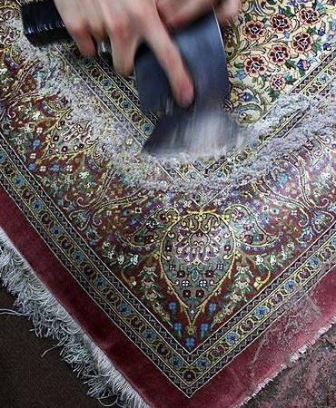 В процессе работы над ковром