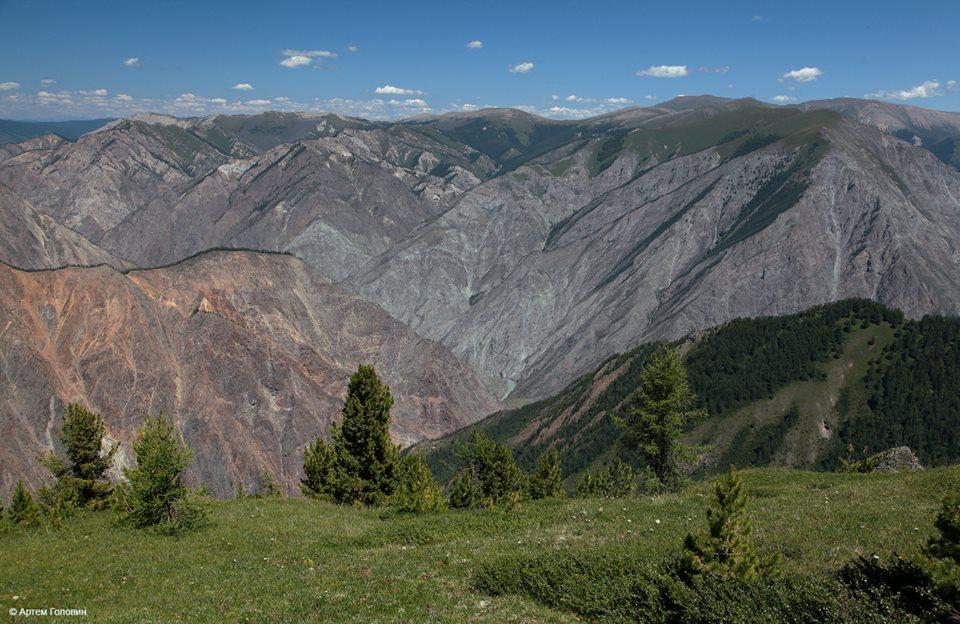 Долина Аргута с перевала Буртулдак
