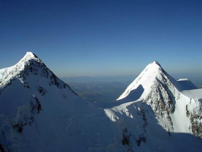 Белуха (4.509 м.)