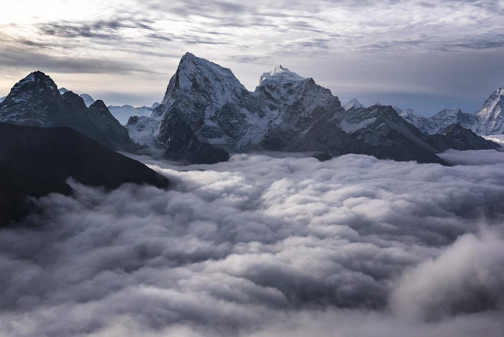 Гималайские вершины. Фото: Иван Дементиевский