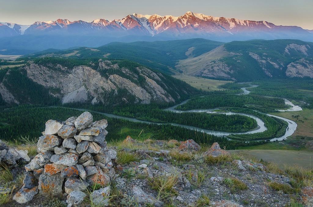Северо-Чуйский хребет. Фото: Елена Филатова