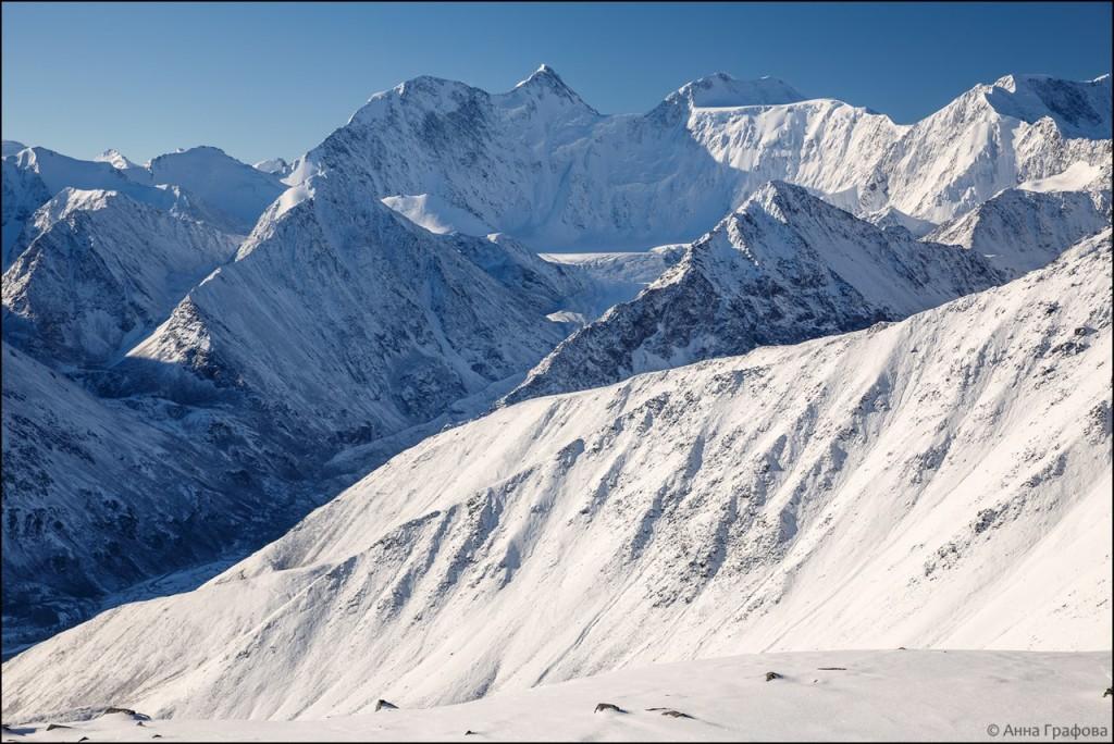 Белуха с с перевала Кара-Тюрек  Фото: Анна Графова-Полевская