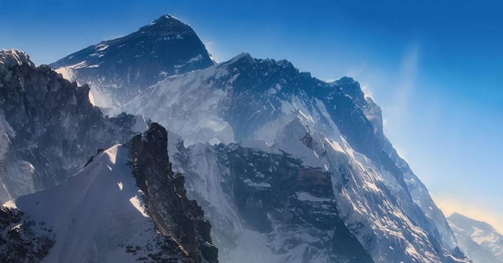 Массив Эвереста. Фото: Иван Козорезов